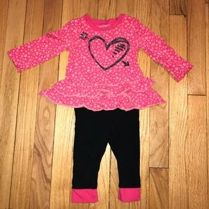 🎀 Pink and Black Heart Outfit